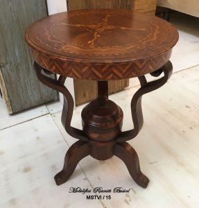 Tavolino In Stile